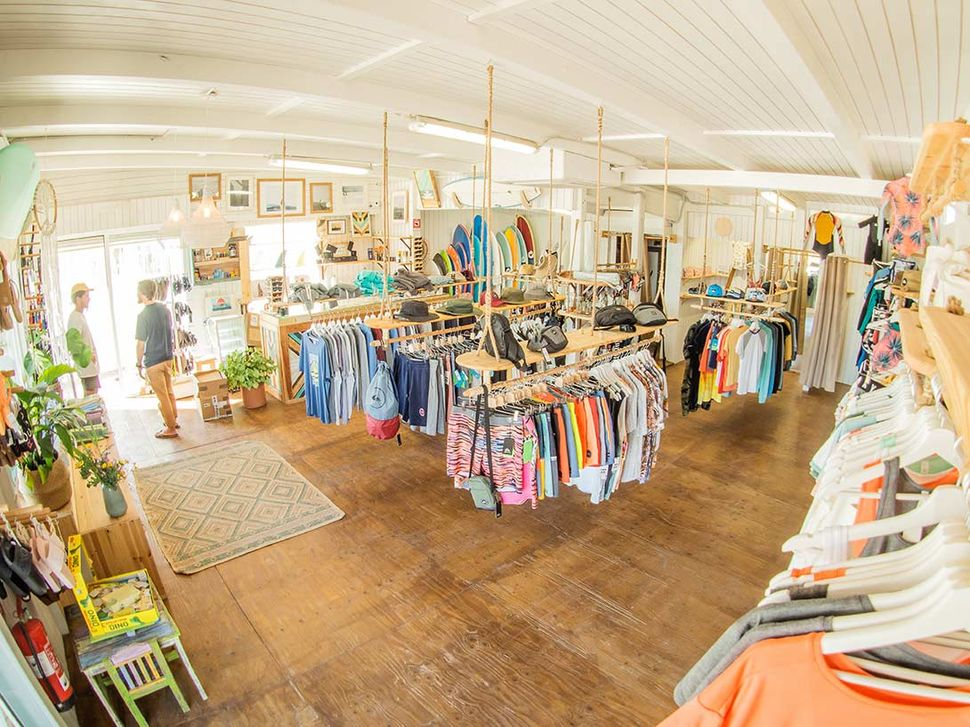 Surfshop in El Palmar with all important brands and small labels