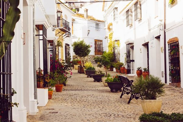 Vejer de la Frontera is located near the a frame surfcamp andalusia