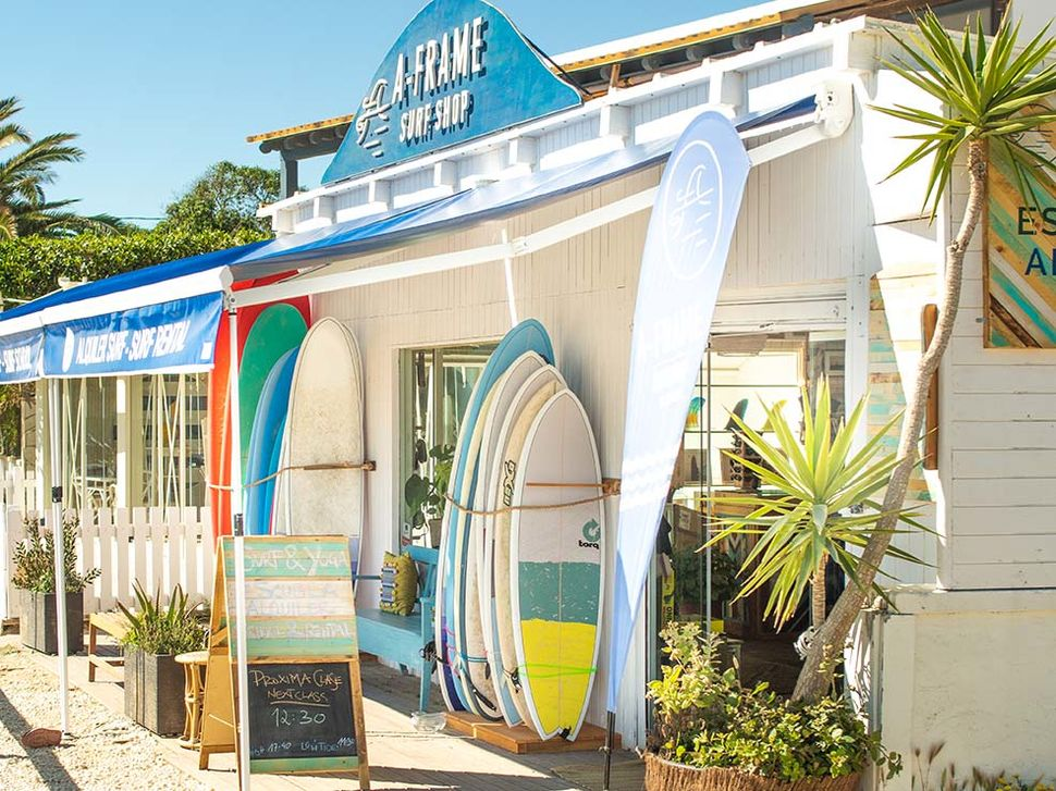 A-Frame Surfshop in El Palmar