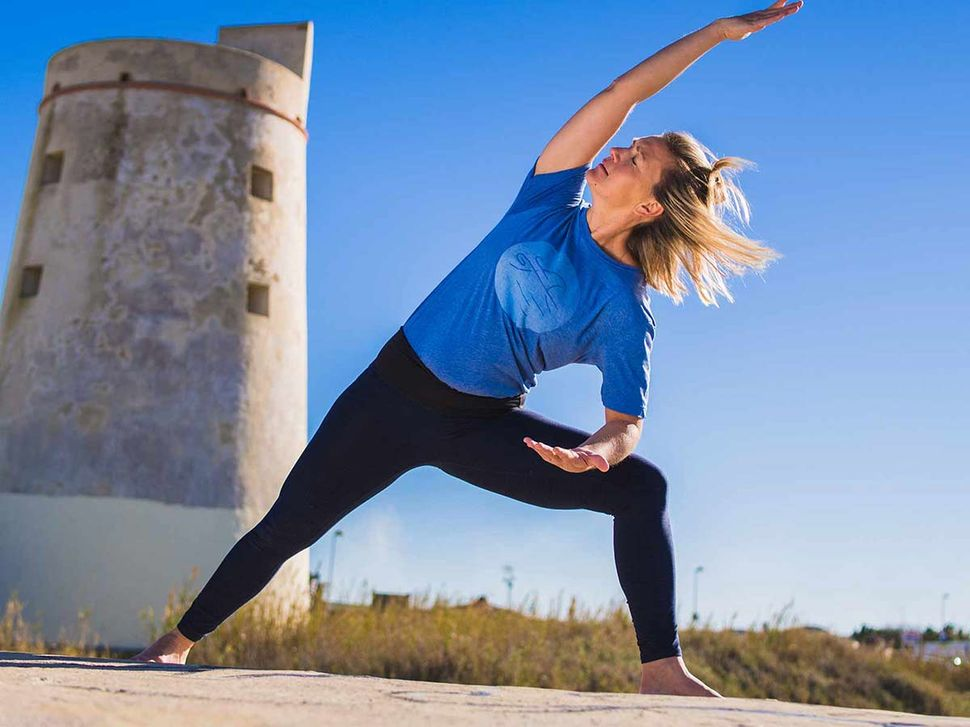 Yoga holidays in front of the Torre in El Palmar